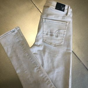 American Eagle Outfitters-Hi-Rise Jegging 2 XL